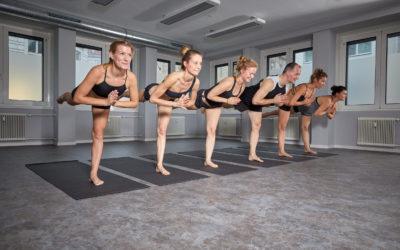 NEU: Yoga Teacher Academy